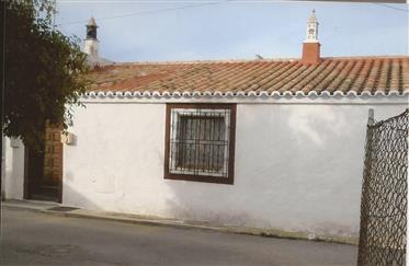 Typical house with garden-Vila Nova De Cacela