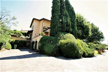 Vivenda de luxo: 518 m²