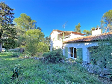 Villa P6 with swimming pool and outbuilding - Camplanier