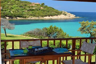 Porto Cervo Cala Granu esclusivo appartamento sul mare