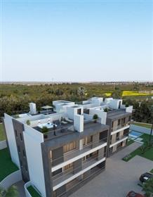 Excelente Penthouse com 2 quartos equipada com terraço privado com jacuzzi, na cobertura.
