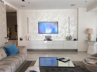 Rothschild 17 - 3.5 Rooms - Tour De Luxe