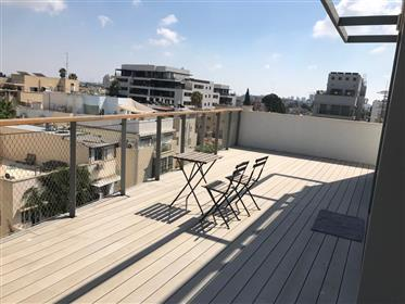 Special Penthouse - New Building - Florentine