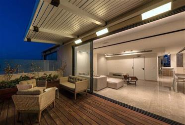 Luxury Duplex-Penthouse - Sea View - Old North