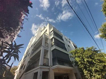 יהודה המכבי  בקרבת כיכר מילאנו - 3.5 חדרים