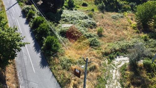 Terrein: 1.800 m²