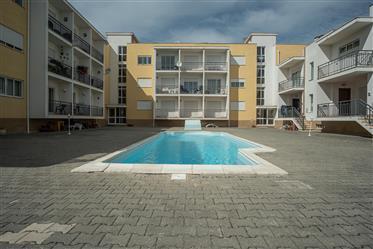 Apartamento T2 Nazaré c/piscina