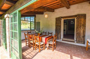 Traditional Farmhouse Close To Urbino
