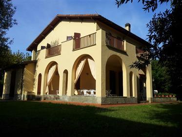 Villa d'epoca f