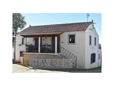 Lovely Traditional 3 Bedroom House In A Popular Village Location