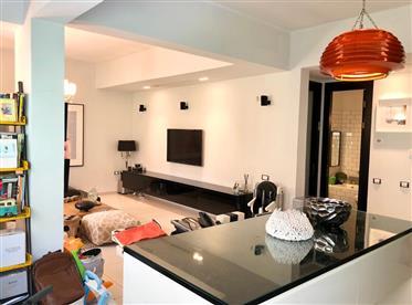 """דירה : 145 מ""""ר"""