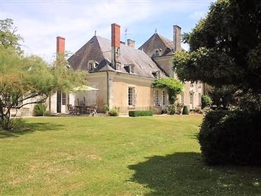 Superbe Domaine de 50 hectares et Maison de Maître du XVIIIème