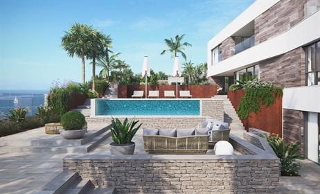 Villa De Nueva Construcción En Primera Línea De Mar La Villa está situada en Cala Medina, ...
