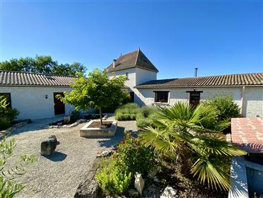 Close to the Fortified towns of Villeréal and Monflanquin - Beautiful capacious Périgourdine style