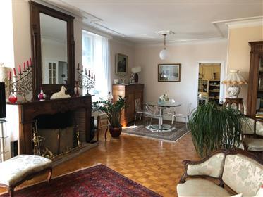 Appartement 109 m2 + grenier et parking souterrain