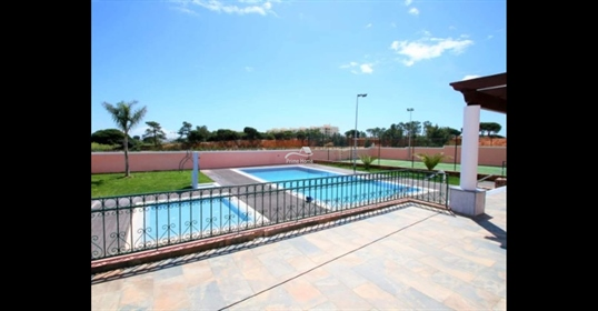 This spectacular 5 bedroom single storey villa with 2 saltwater pool and tennis court whic