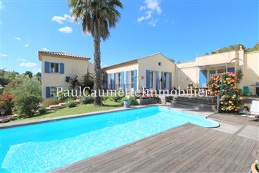 Architect villa of 140 sqm in the Golf Saint Thomas, between Beziers and Pezenas