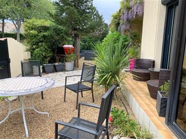 Nice 4 bedroom house, in a very quiet residential area