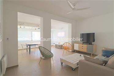 Two bedroom flat freshly renovated in Valras-Plage, 100 sqm to the sea