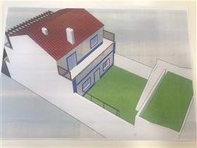 Moradia T3 em fase de construção perto das escolas