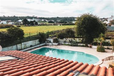 Villa de 4 chambres située à côté du parc naturel de Serra da Arrabida