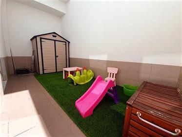 2 bedroom apartment in private condominium