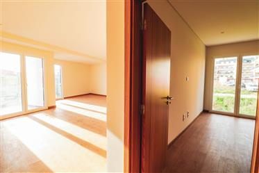 2 bedroom apartment in the Central area. New. Opportunity