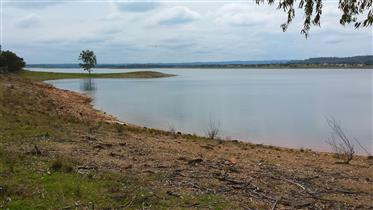 Alentejo - Ourique - Exclusive, Rare Property for sale on a peninsula of a dam, set in the heart of