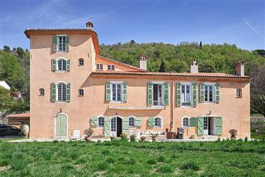 Authentic Bastide with Panoramic View