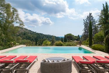 Stone House with panoramic View in Grasse