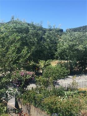 Moradia usada com jardim em Freixo de Baixo Amarante