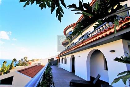 Amazing Villa T5 à Funchal