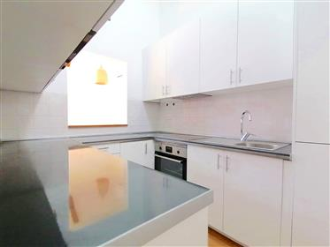 Two-Bedroom Charming Flat In Alcochete