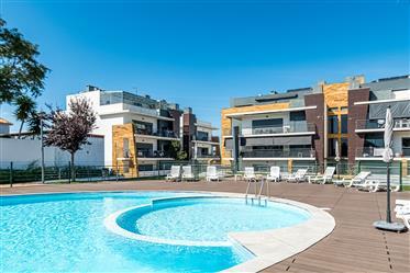T3 Apartment At A Private Condominium In Alcochete