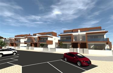 Fabulous Semi-Detached 3-Bedroom Houses In Alcochete