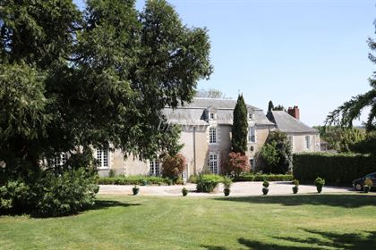 Beautiful 18th C. Mansion at the gates of Nantes, South Loire river