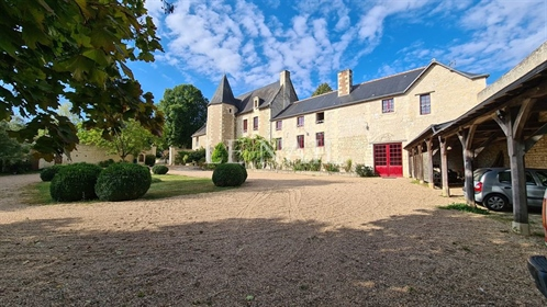 Listed manor for sale in the centre of France.