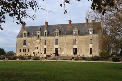 Listed french castle for sale near the sea, in Pays de la Loire.