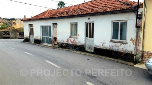 Haus 2 Schlafzimmer Verkaufen em Paramos,Espinho