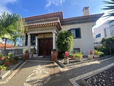 Vivienda 4 habitaciones Venta em Funchal (Santa Maria Maior),Funchal