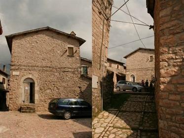 Grande palazzo in vendita  – Casa Crescentia