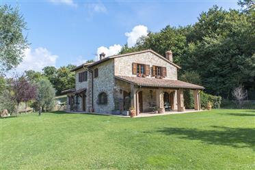 """Villa di prestigio in vendita  - """"Villa Todina"""""""