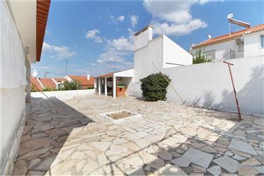 Дом : 320 м²