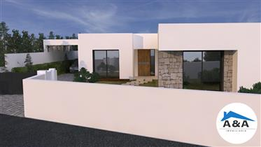Casa Em Construção V3 + 1 - Região Centro