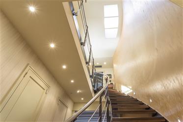 Luxury property: 256 m²