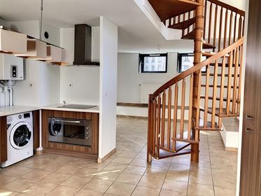 Vaise T3 Duplex rue de Bourgogne