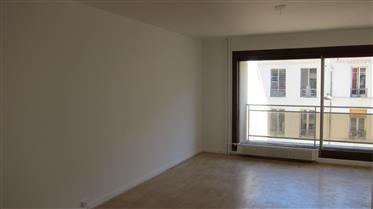 15E Commerce studio 38m² balcon