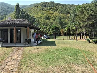 Villa nel Parco Naturale del Furlo
