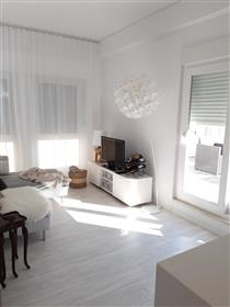 1 bedroom apartment in the center of Lisbon with fantastic terrace with 60m2