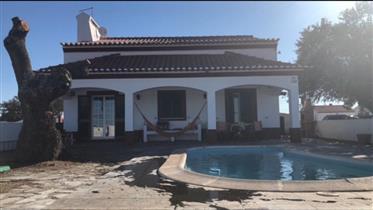 House: 195 m²